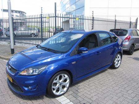 Ford Focus 2.5 20v turbo ST 225pk