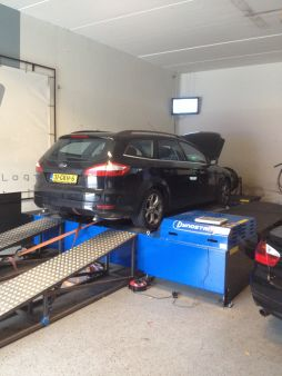 Ford Mondeo 2.5 T 220pk