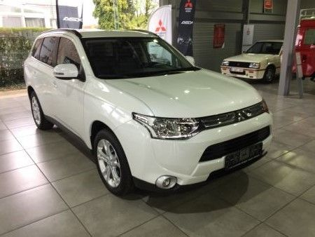 Mitsubishi Outlander 2.2 DiD 150pk ( 2013 -> )